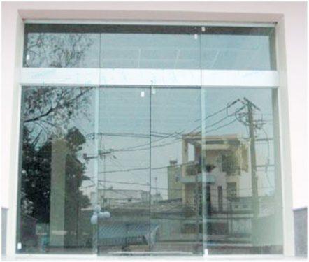 Tư vấn chọn mua cửa kính tự động chính hãng cho nhà phố