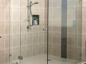 Hướng dẫn phân loại cabin phòng tắm kính cường lực chi tiết nhất